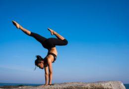 Dlaczego warto ćwiczyć na siłowni?