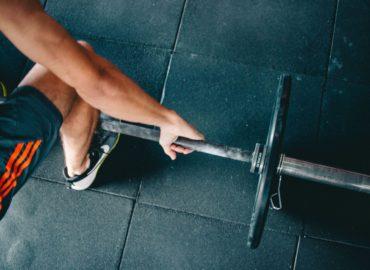 Siłownia – samodzielnie czy z trenerem?